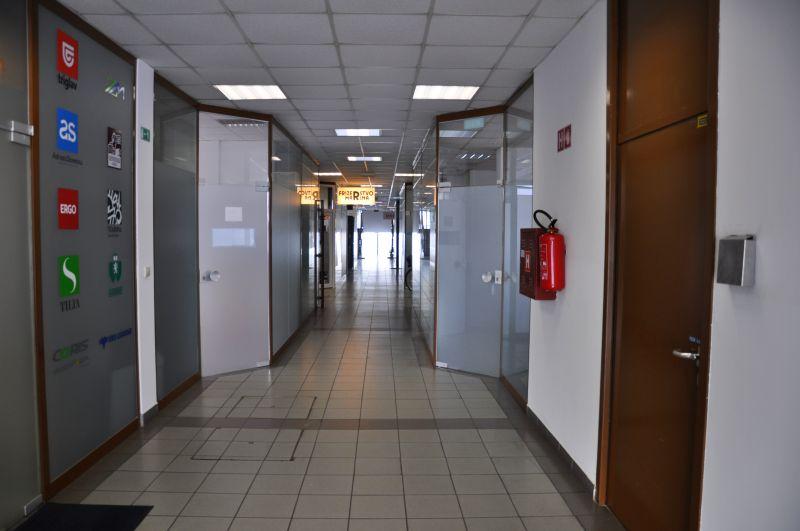 Kozmetično masažni salon Am - hodnik